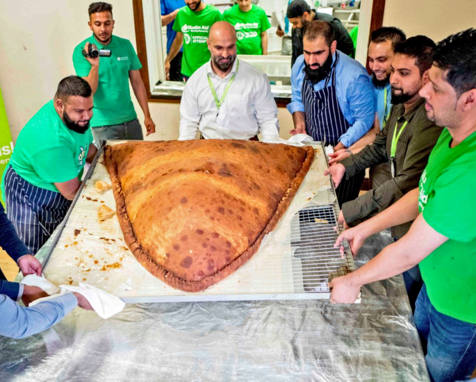 World Record Breaking Indian Foods & Drink - samosa