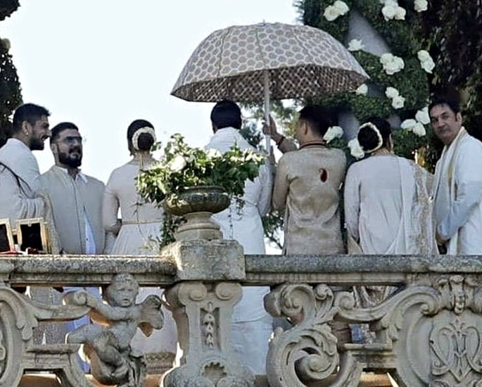 deepveer shaadi ranveer and family - in article