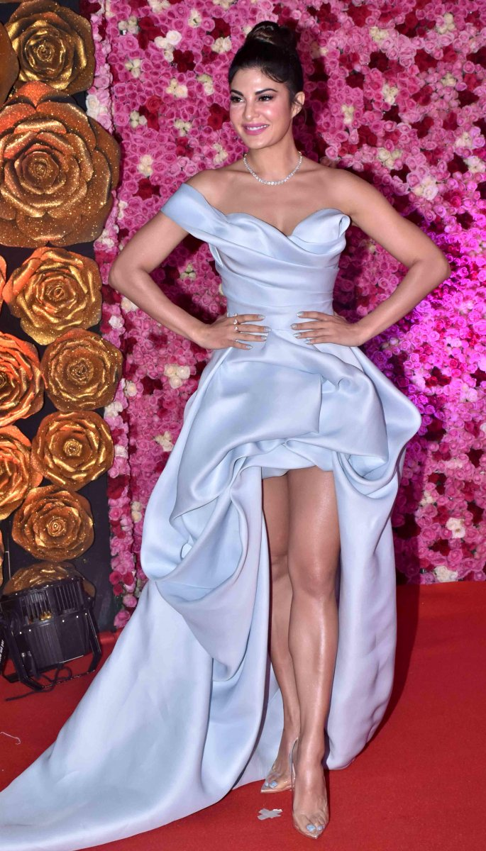 jacqueline fernandez lux golden rose - in article