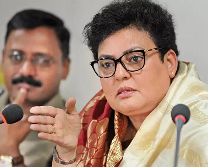 rekha NCW NRI passport revokes India - in article