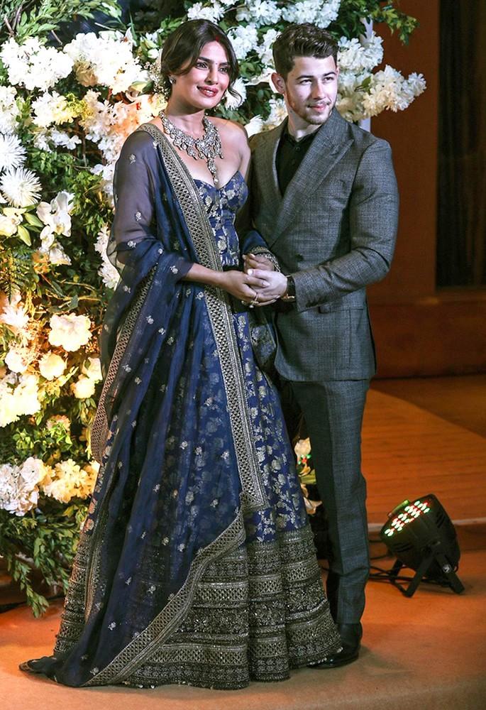 10 Gorgeous Fashion Looks of Priyanka Chopra - sabyasachi blue