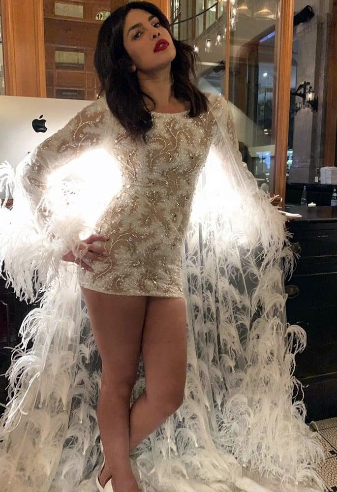 10 Gorgeous Fashion Looks of Priyanka Chopra - white mini