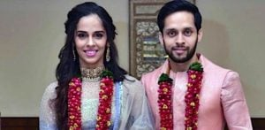 Ace Shuttlers Saina Nehwal & Parupalli Kashyap get married f