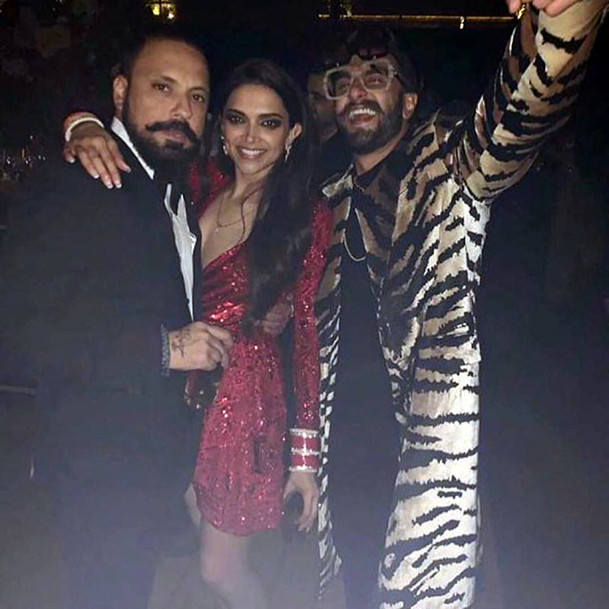 Bachchans groove at Deepika and Ranveer's Bollywood Party - Leopard