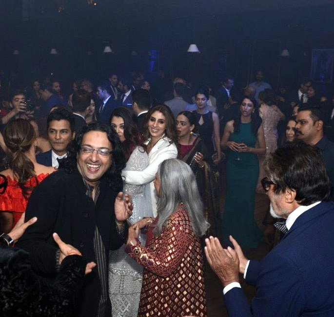 Bachchans groove at Deepika and Ranveer's Bollywood Party - Shweta
