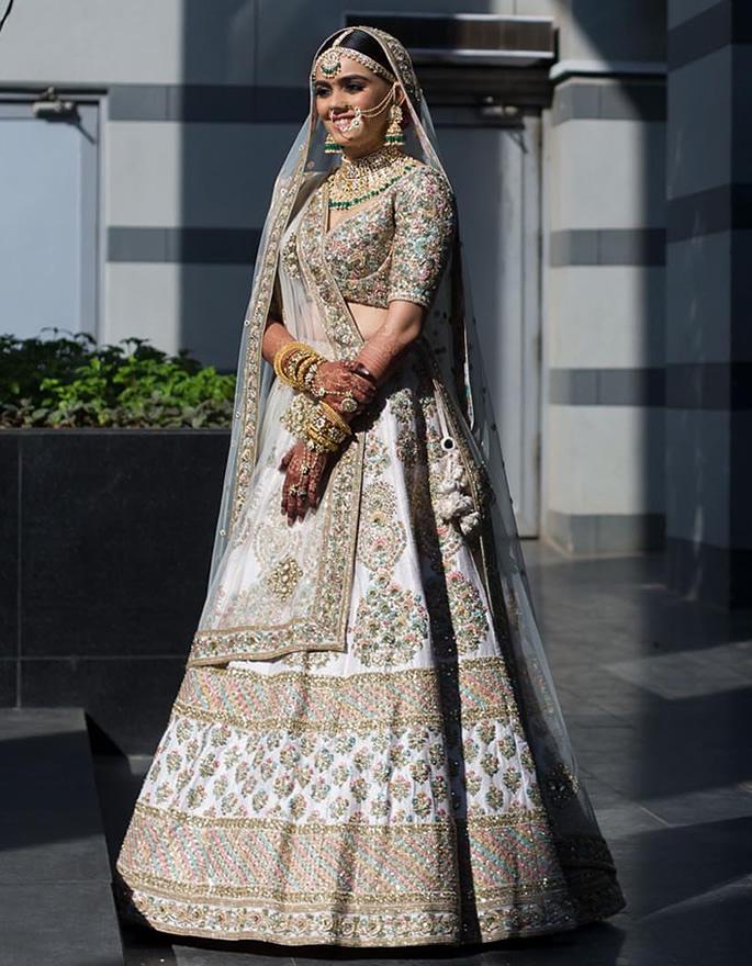 Best Bridal Looks of Sabyasachi - Real-Life Brides - Pooja Shah