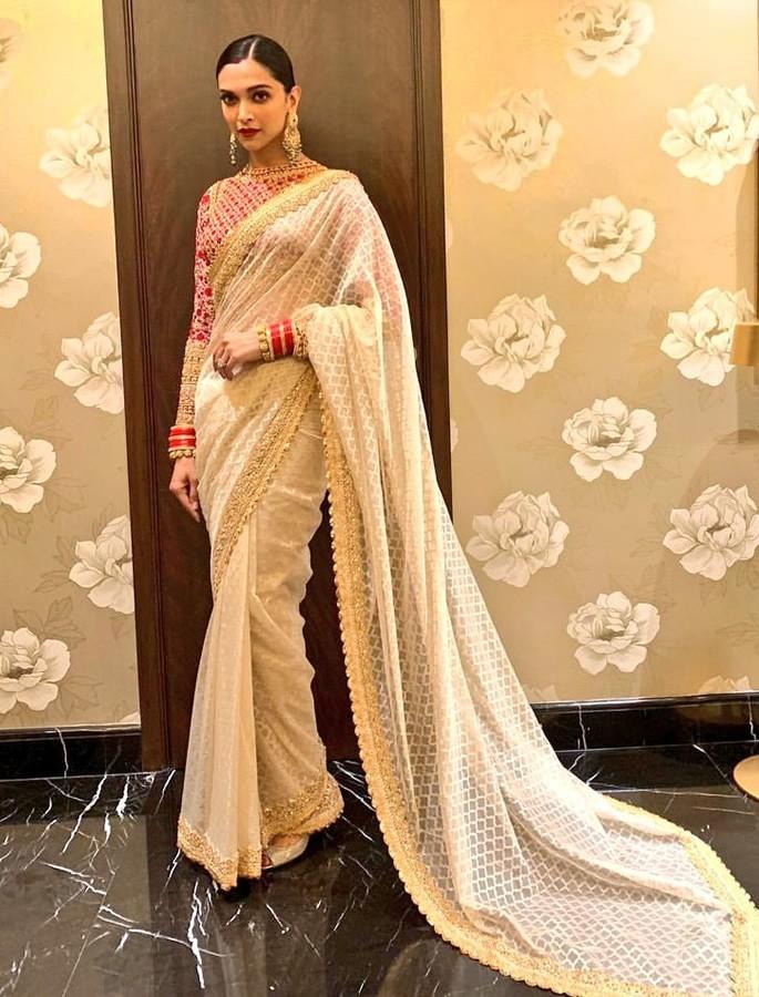 Best Dressed Celebrities at Isha Ambani & Anand Piramal Wedding - Deepika