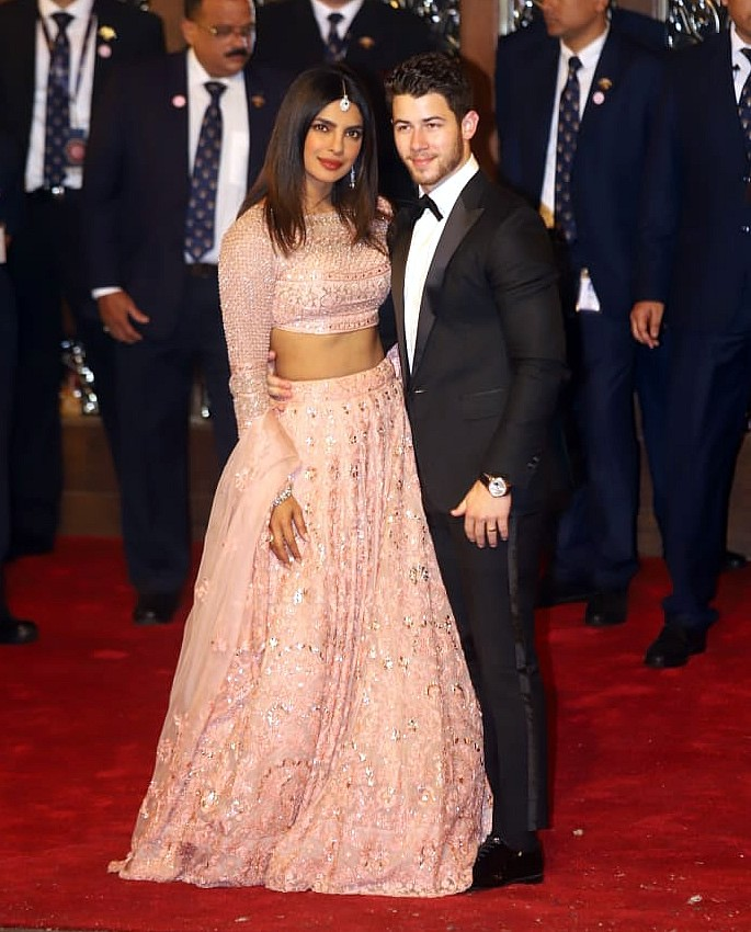 Best Dressed Celebrities at Isha Ambani & Anand Piramal Wedding - Priyanka Nick