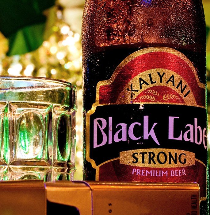 Best Indian Beers to Drink on a Trip to India - black label