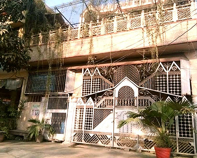 Locals Decorate Ancestral Home of Priyanka Chopra - home