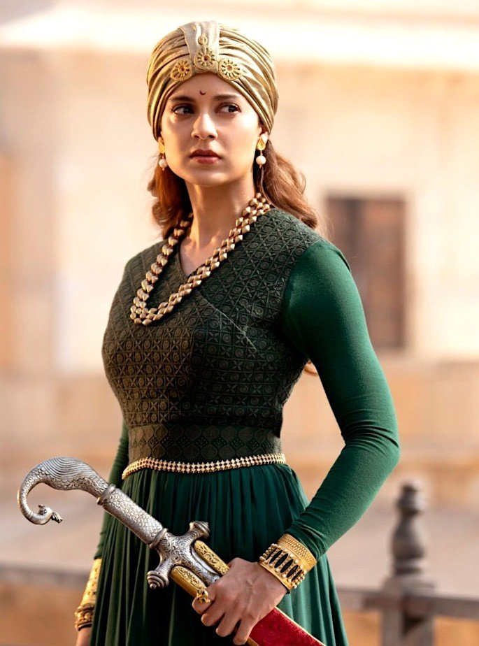 Manikarnika: The Queen of Jhansi Trailer is Exquisite - young Kangana Ranaut