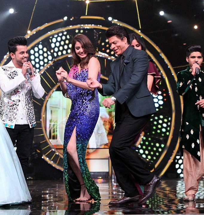 Salman Ali wins Indian Idol 10 singing SRK Songs - SRK Anushka