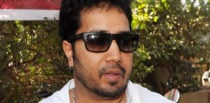Singer Mika Singh arrested in Dubai for Sending Indecent Photos f