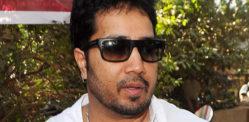गायक मिका सिंगला दुबईत बेकायदेशीर फोटो पाठविल्याप्रकरणी अटक