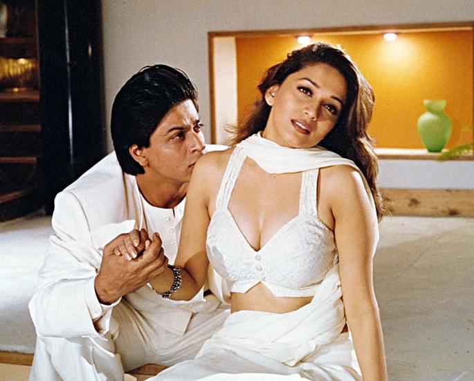 यश चोपड़ा की 7 सर्वश्रेष्ठ बॉलीवुड रोमांटिक फ़िल्में - दिल से