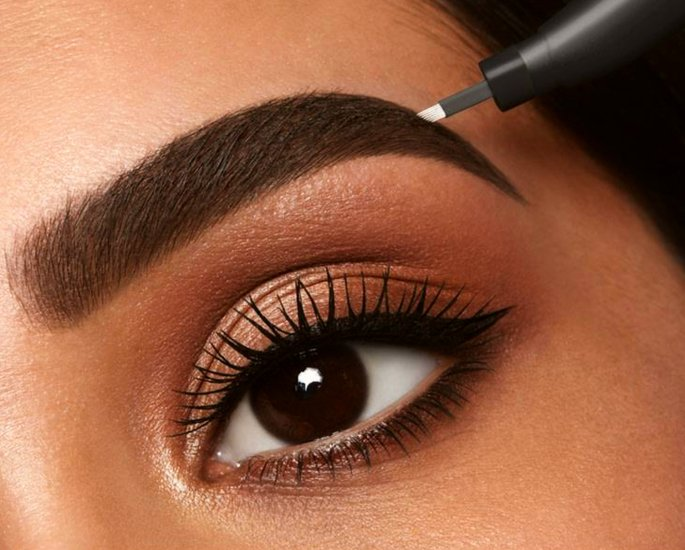 eyebrows microblading - in article (1)
