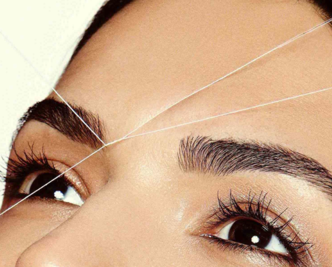 eyebrows threading - in article (1)