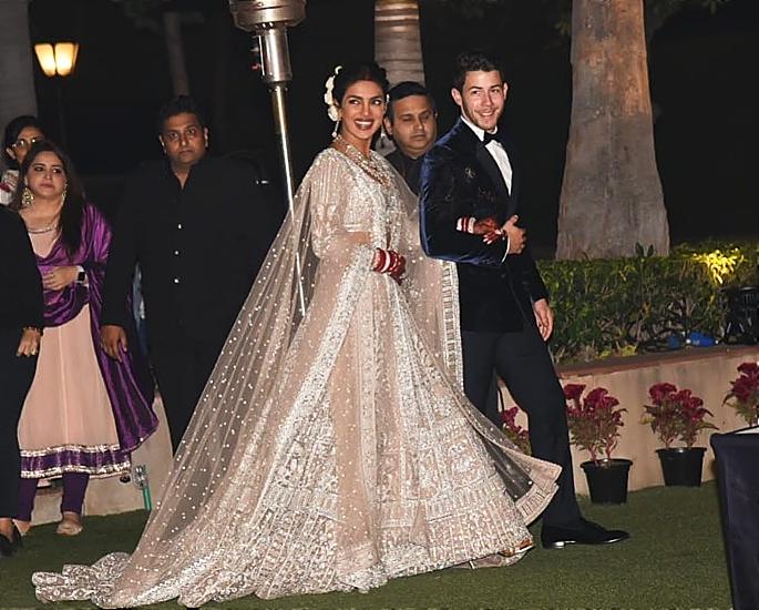 priyanka and nick delhi reception look - in article