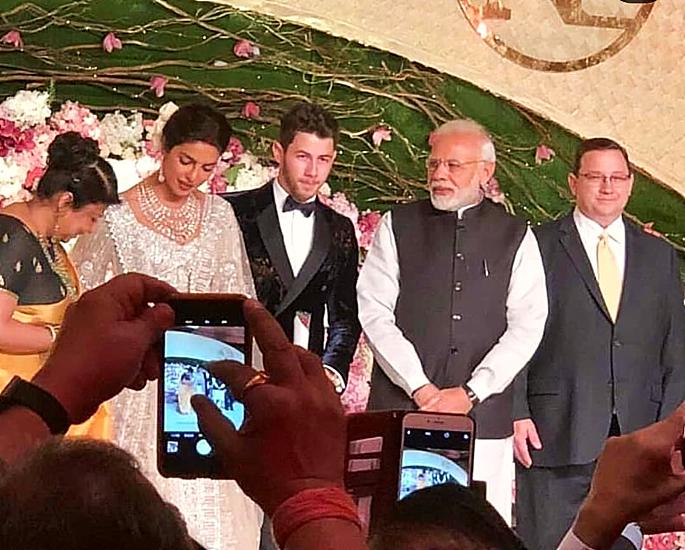 priyanka and nick delhi reception modi - in article