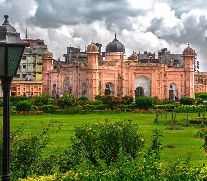 7 Places You Must Visit in Bangladesh - Lalbagh Fort
