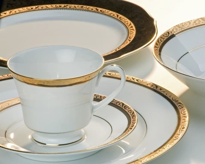 Extravagant Things owned by Mukesh Ambani - noritake