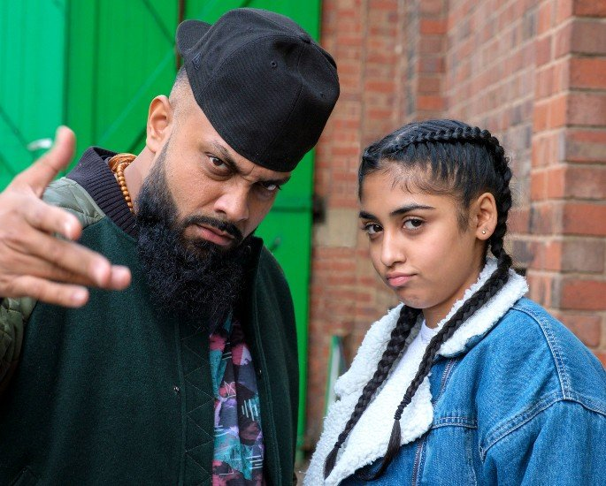 Guz Khan talks Breaking Stereotypes in Man Like Mobeen Series 2 - Mobeen and Aqsa