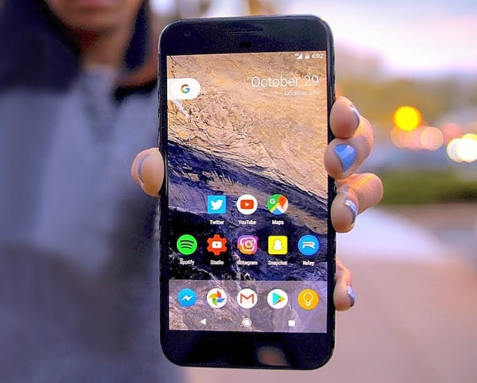 The Best Mobile Phones to buy in Pakistan - Google Pixel XL