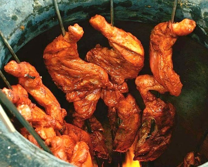 The History of Tandoori Chicken - tandoor