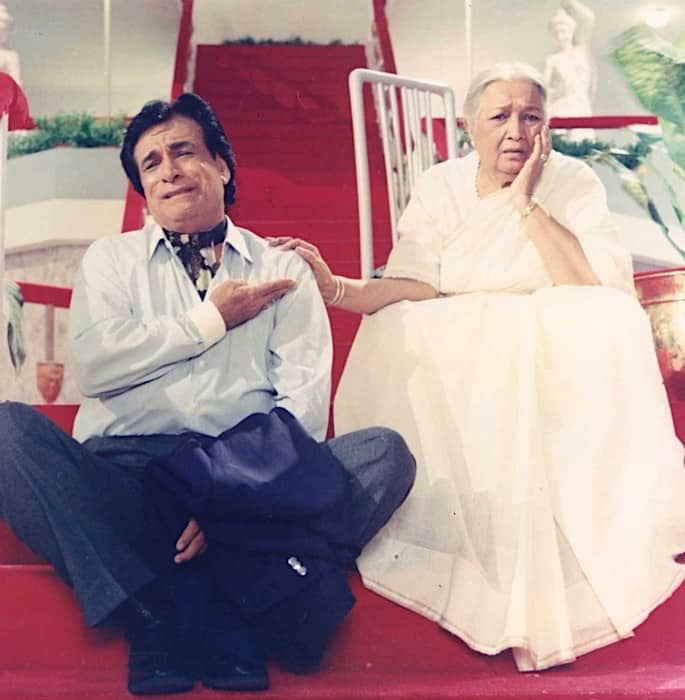 Veteran Actor & Screenwriter Kader Khan passes away at 81 - Aankhen
