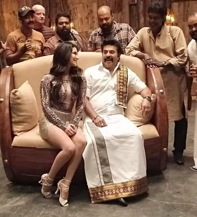 Viral Sunny Leone and Mammootty Photo removed from Facebook