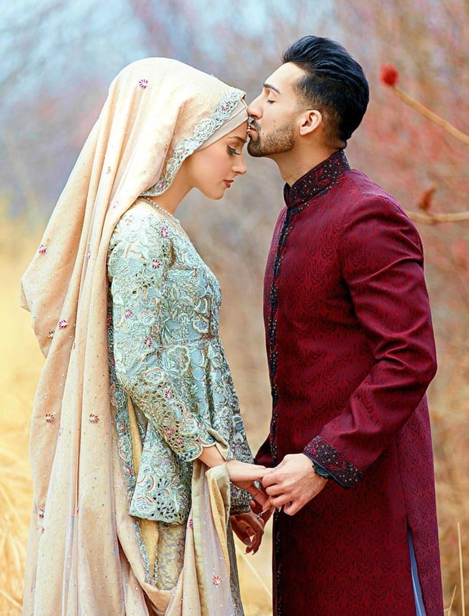 YouTube stars Sham Idrees and Sehr (Froggy) are Married - forehead