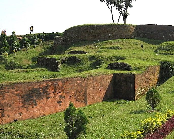 10 Top Historical Heritage Sites of Bangladesh - Mahasthangarh, Bogra