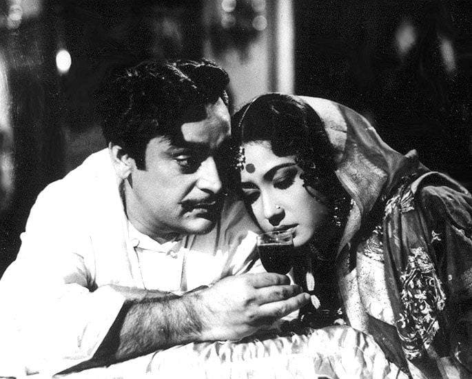 12 Great Bollywood Movies Set in West Bengal - Sahib Bibi Aur Ghulam