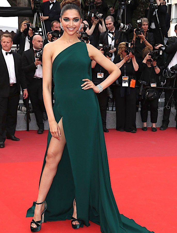 15 Best Deepika Padukone Western Dresses - Deep in Green