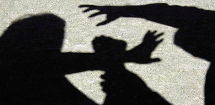 Indian Girl aged 19 Gang Raped in Front of her Father - f