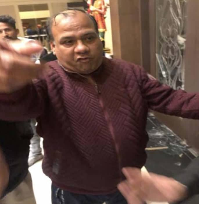 Indian Wedding Photographers beaten at Reception Party - Fight