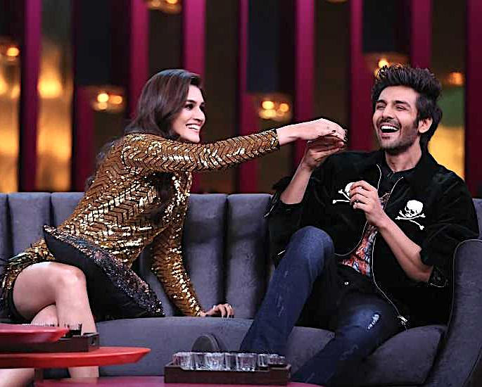 Kartik Aaryan & Kriti Sanon have fun on Koffee with Karan 6 - kriti sanon and kartik aaryan