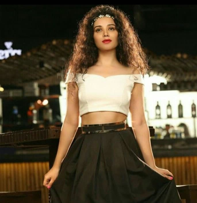 TV Actress Sukirti Kandpal pulls out of Laal Ishq - white