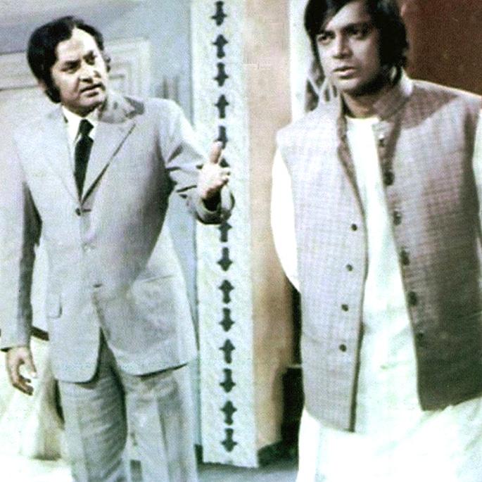 15 Top Romantic Pakistani Moves - Mohabbat Zindagi Hai