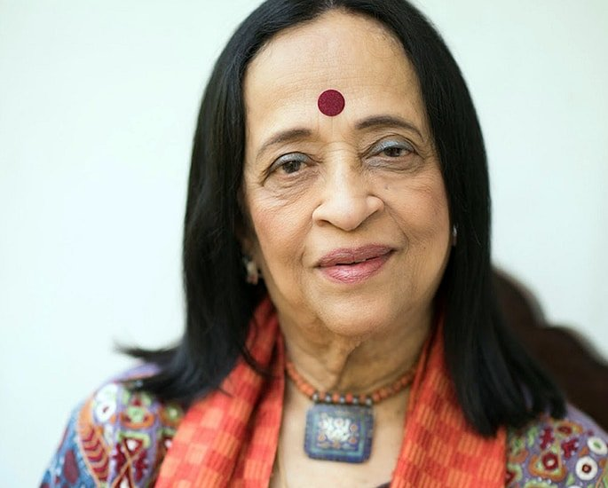 7 Indian Women Artists known for their Art | DESIblitz