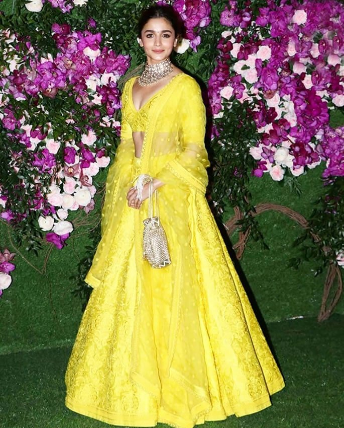 Best Dressed Stars at Akash Ambani-Shloka Mehta Wedding - alia bhatt