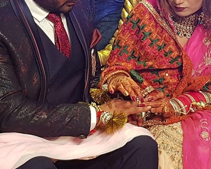 Punjabi Pakistani Bride marries Indian Groom in Punjab 3