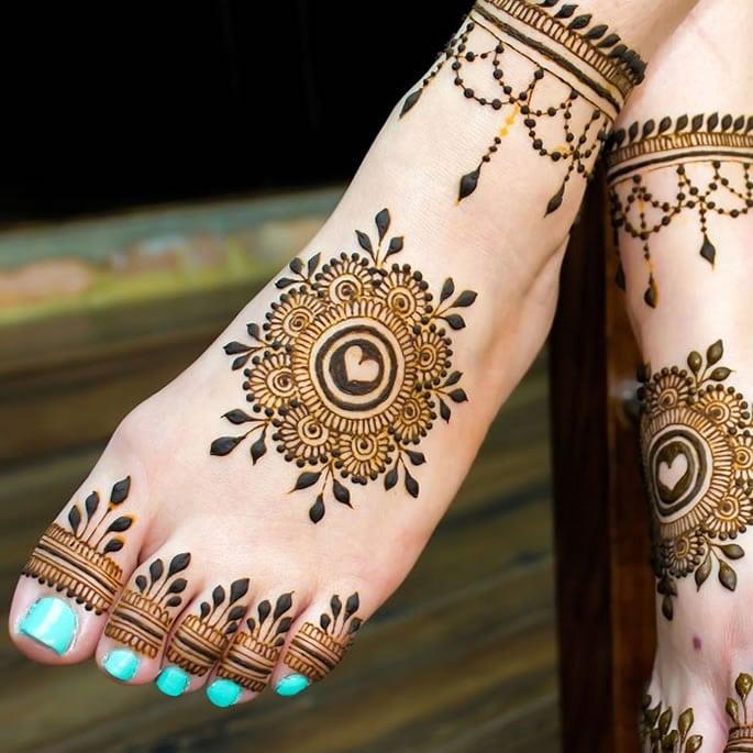 12 Feet Henna Designs That Are Beautiful For Weddings Desiblitz
