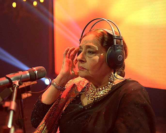 20 Best Pakistani Ghazal Singers of All Time - Farida Khanum