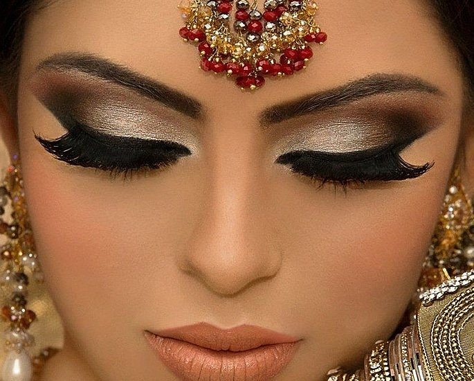Best Makeup Tips for your Desi Wedding - eyes