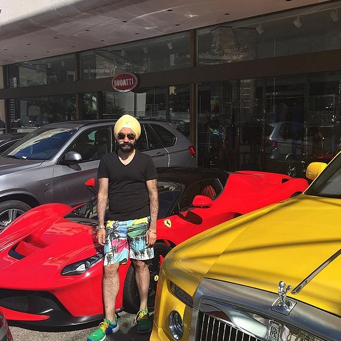 Luxury Cars owned by Reuben Singh - laferrari