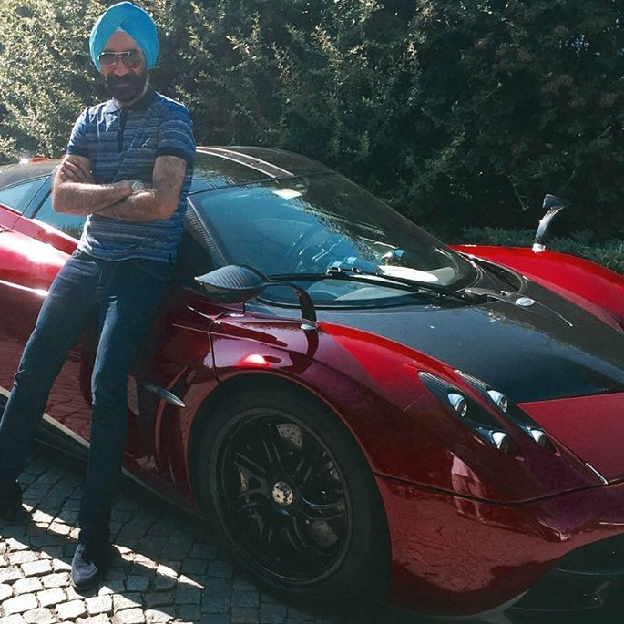 Luxury Cars owned by Reuben Singh - pagani