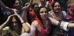 પાકિસ્તાની પોલીસે ટ્રાન્સજેન્ડર 'ડોલ પાર્ટી' અને 27 ની ધરપકડ કરી હતી