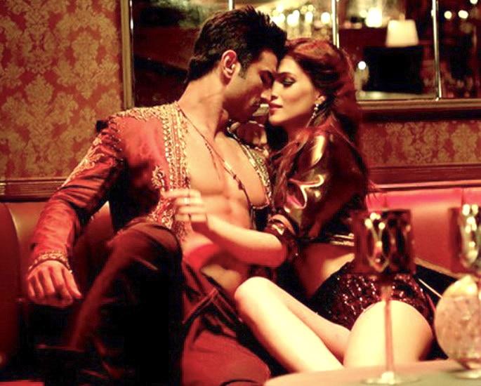 15 Best Neha Kakkar Songs - Mein Tera Boyfriend