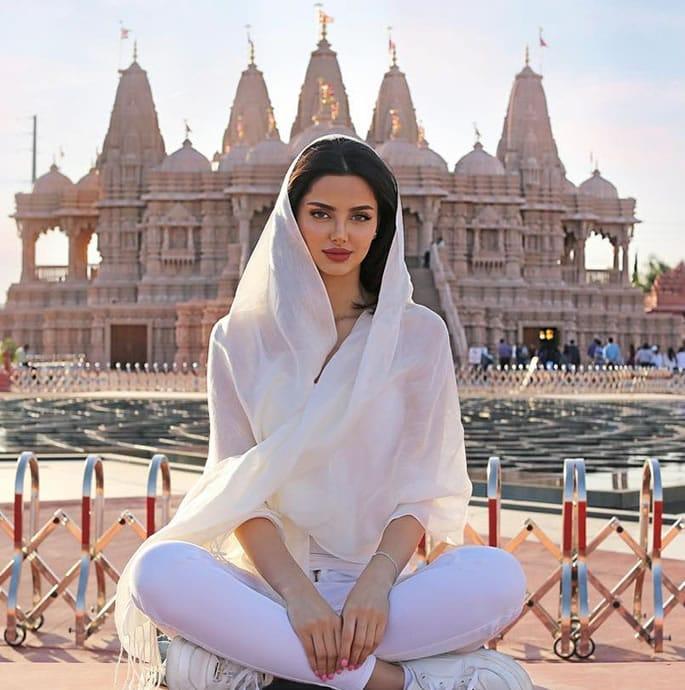 Look Alike who's an Iranian Model - india